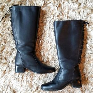 Blondo black leather back lace-up boots size 6